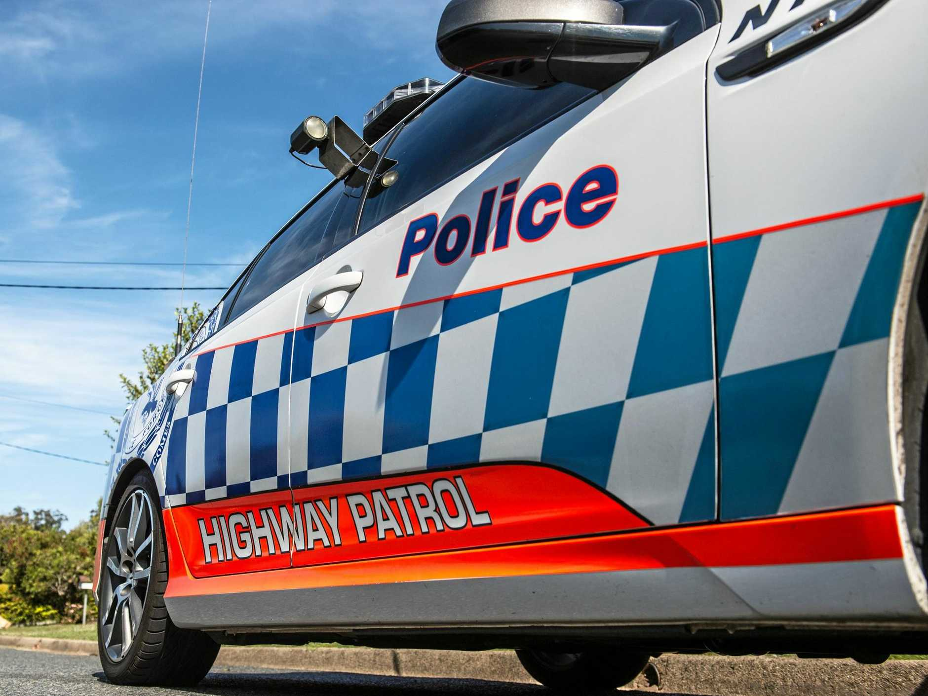 A man who allegedly engaged in a pursuit with police before his car left the road and crashed into a tree has died.