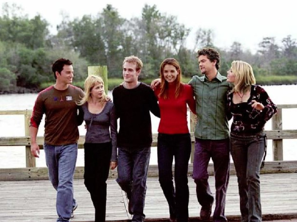Busy Philipps (far right) with the Dawson's Creek cast. Picture: Supplied