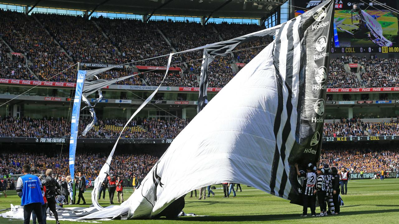 The 2018 AFL Premiership Grand Final. Collingwood Magpies v West Coast Eagles at the MCG. Collingwood have a banner disaster. Picture: Mark Stewart