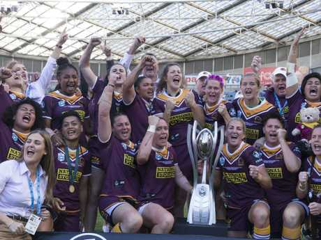 Brisbane Broncos pose for team photo after the NRL Women's Premiership Grand Final between the Brisbane Broncos and the Sydney Roosters.