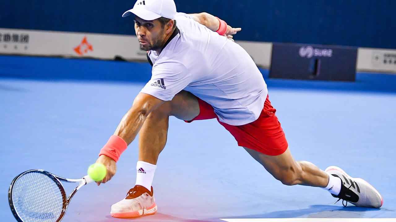 Fernando Verdasco lost his cool and lost the match in the Shenzhen Open.