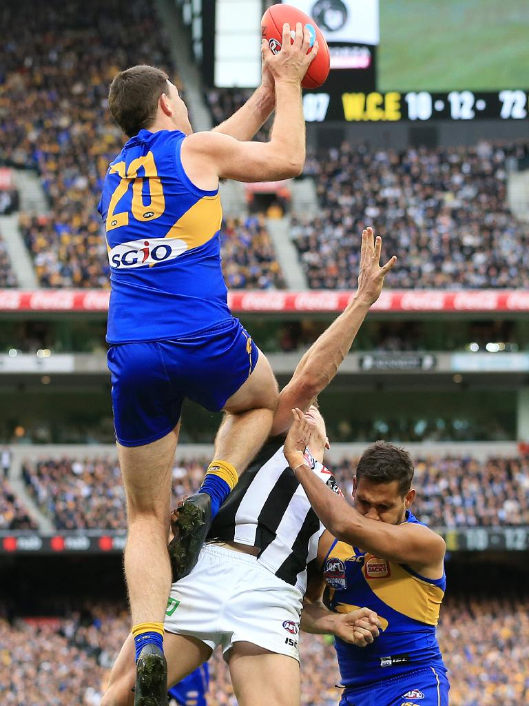 Jeremy McGovern's crucial mark in the fourth quarter. Picture: Mark Stewart