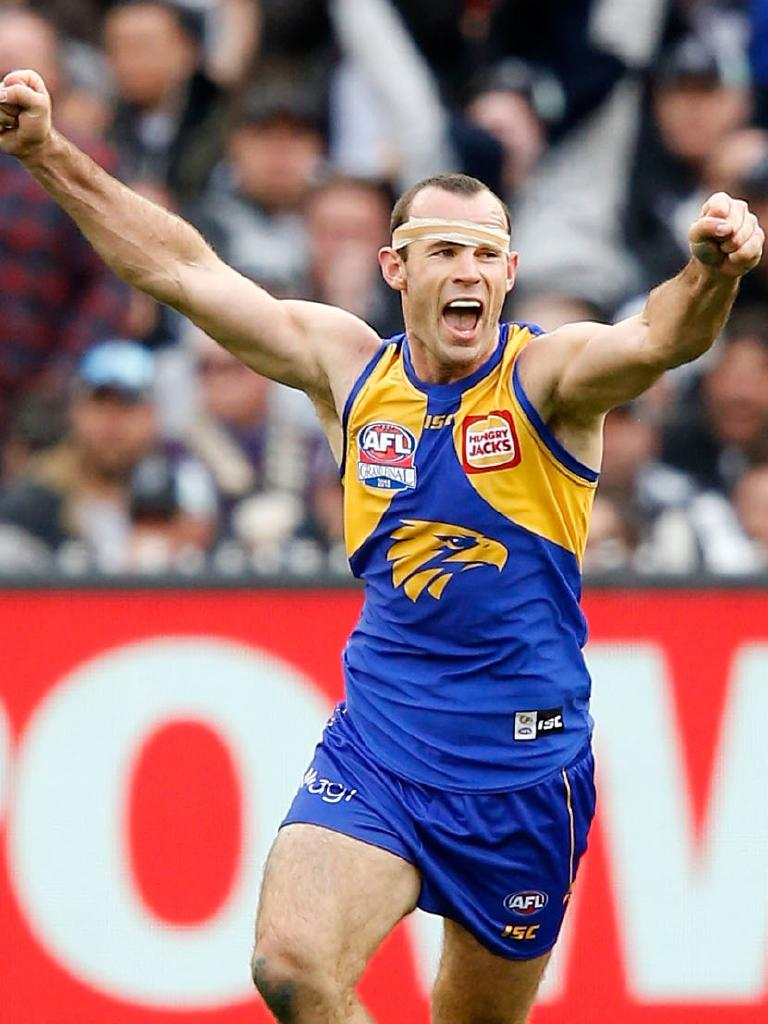 Shannon Hurn celebrates on the final siren against Collingwood. Picture: Darrian Traynor/AFL Media/Getty Images)