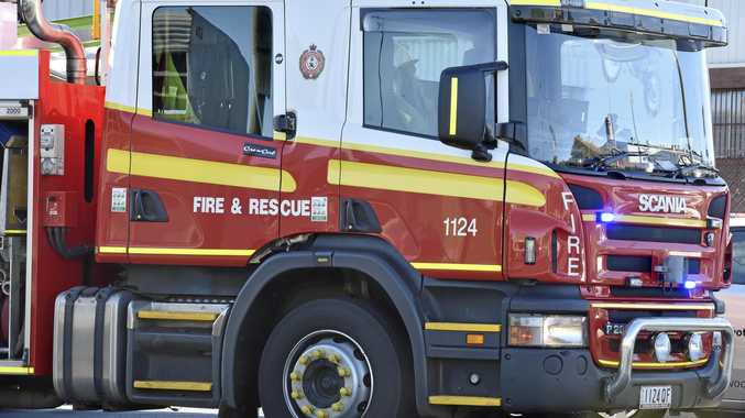 Firefighters battling grass fire on Toowoomba's outskirts