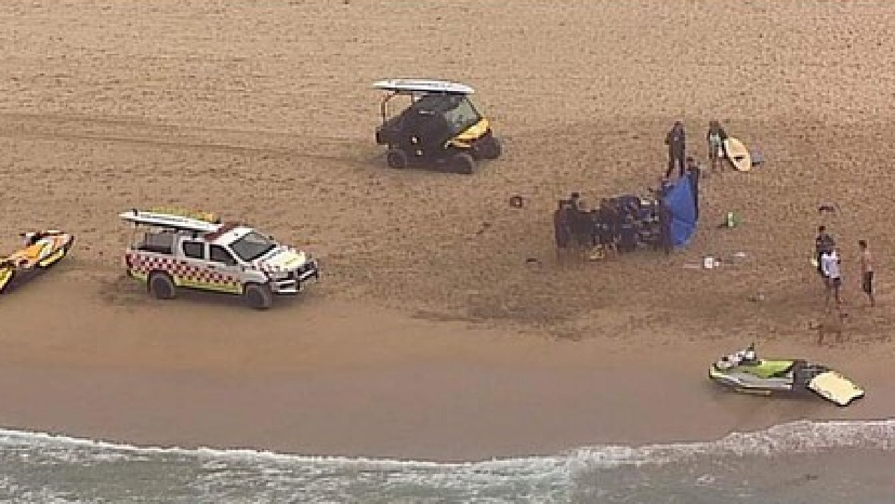 The male swimmer drowned in the surf at Wanda Beach this morning. Picture: Seven News
