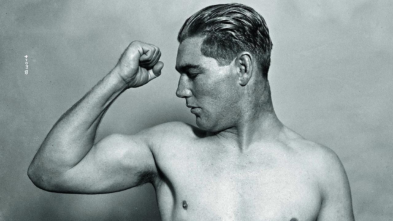 Australian boxer James Leslie