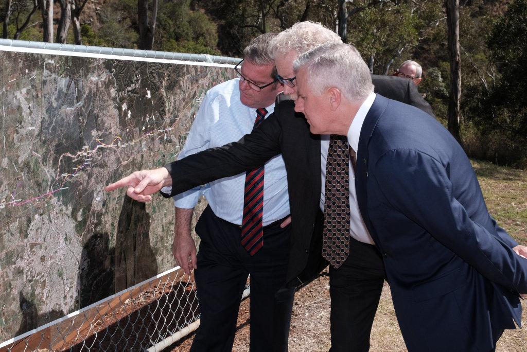 Groom MP Dr John McVeigh, ARTC Inland Rail Programme CEO Richard Wankmuller, and Deputy Prime Minister Michael McCormack.