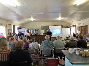 Dalveen residents advise council at drought forum