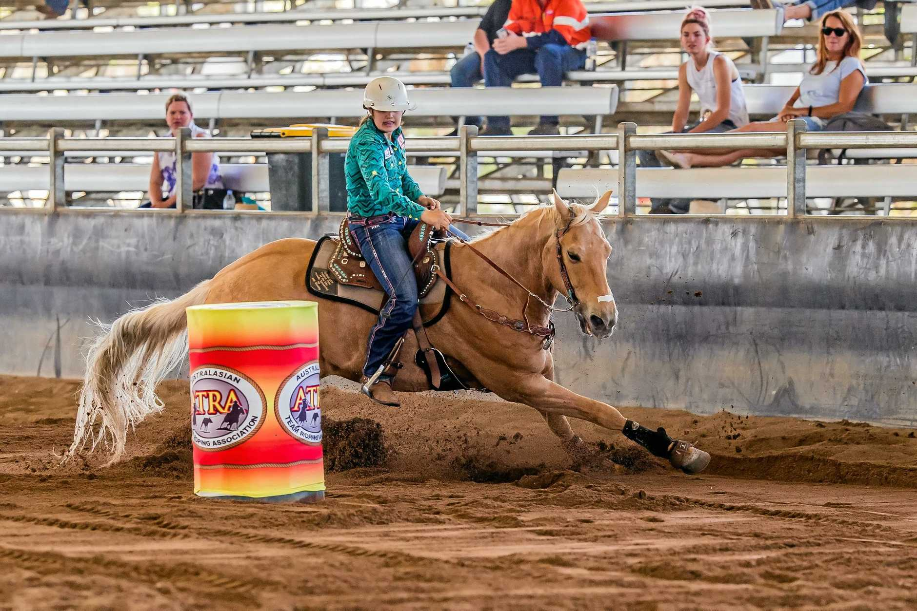 Maddie Caban placed fourth in the 13-17 Years Barrel Race with a time of 17.284 seconds.