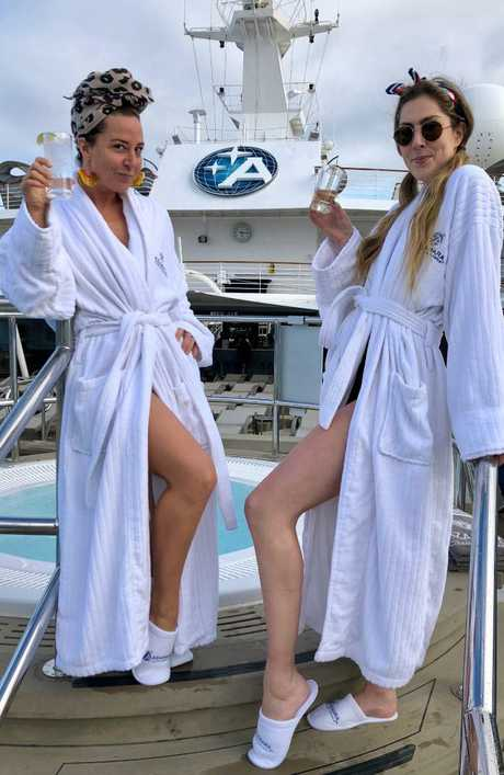 Rebecca Andrews (left) and friend Tess living their best life. Picture: Rebecca Andrews