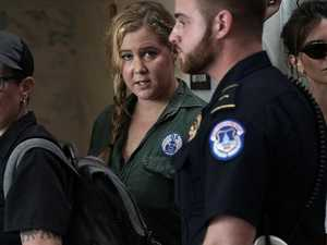 Dramatic scenes as Amy Schumer arrested