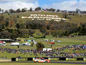 Nostalgia hits Bathurst ahead of Ford Falcon's finale