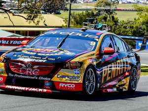 Reynolds nabs Bathurst pole, rookie teammate stuns