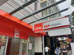 Westpac confirms extra loan 'glitch' costs