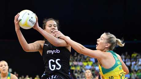 Aliyah Dunn (left) of the Silver Ferns in action against Courtney Bruce (right) of the Diamonds. Picture: AAP Image