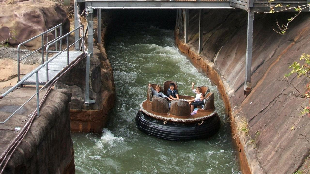 The now-closed Dreamworld Thunder River Rapids Ride.