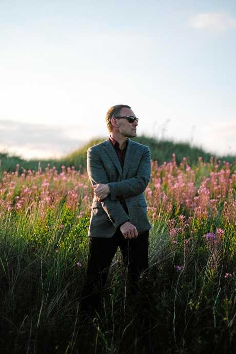 INVITED: Singer David Gray.