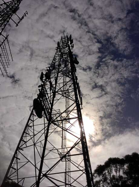 Tweed residents experiencing poor mobile phone coverage have until the end of today to let Tweed Shire Council know before they make a submission to the Federal Government.