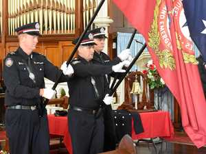 Maryborough pauses to remember the fallen Firefighters