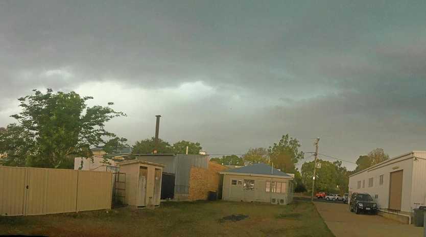 Hail storm passing over Chinchilla, 11/10/18.