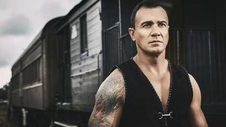 Singer-songwriter Shannon Noll. Picture: Warner Music Australia.