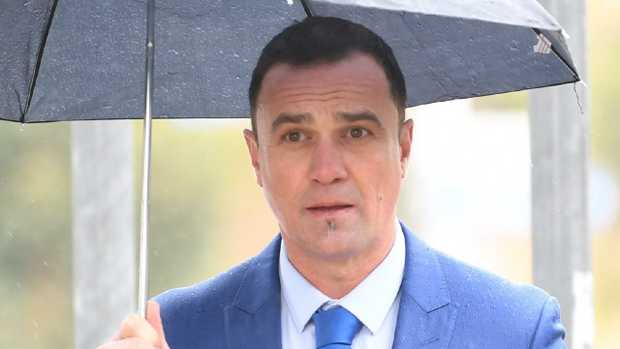Australian musician Shannon Noll arrives at Sutherland Local Court in Sydney, Thursday, October 11, 2018. Picture: AAP Image/Dean Lewins.