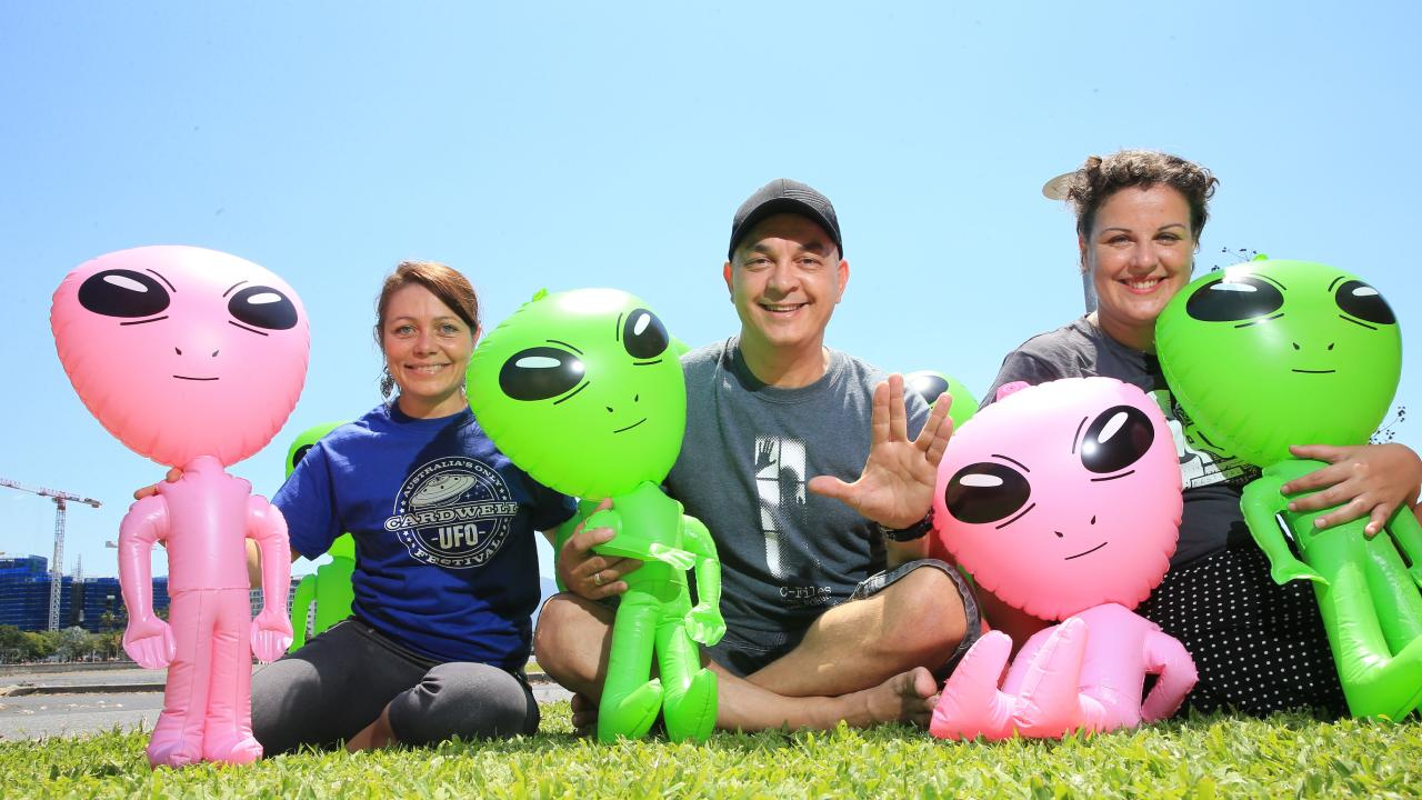 Rebecca Godfrey (attendee), Nic Zymaras (head volunteer) Silvia Mogorovich (attendee) are looking forward to the Cardwell UFO Festival. PICTURE: JUSTIN BRIERTY