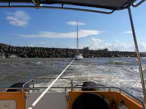 Vessels come close to disaster at Rosslyn Bay Harbour