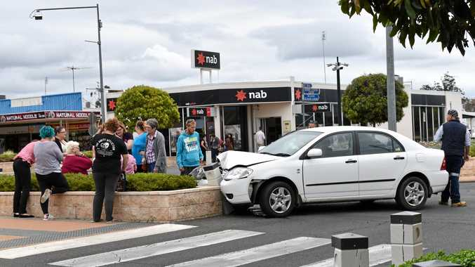 TRAFFIC ACCIDENT: A car crashed into the roundabout of North St and Railway St this morning.