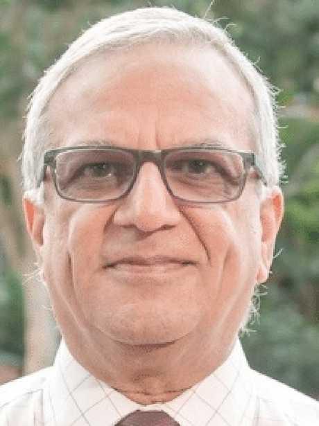 Dr Dilip Dhupelia