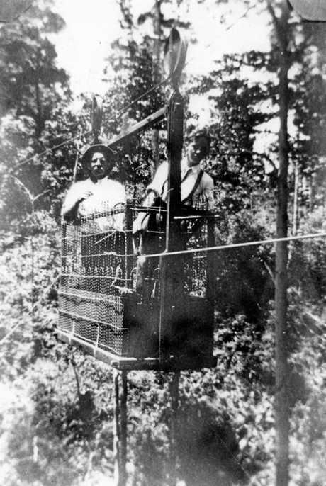 Aerial tramway across Mapleton Falls, Mapleton, ca 1923