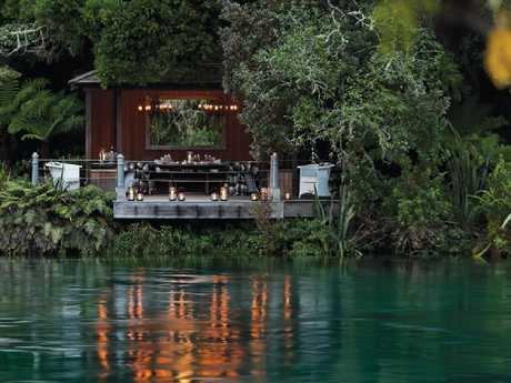 Jetty Pavilion, Huka Lodge.