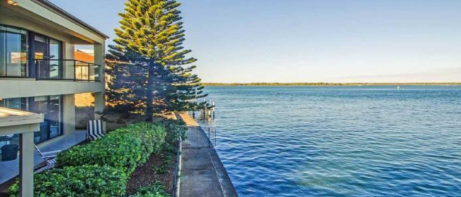 Clive Palmer has added to his collection of homes on the Gold Coast.