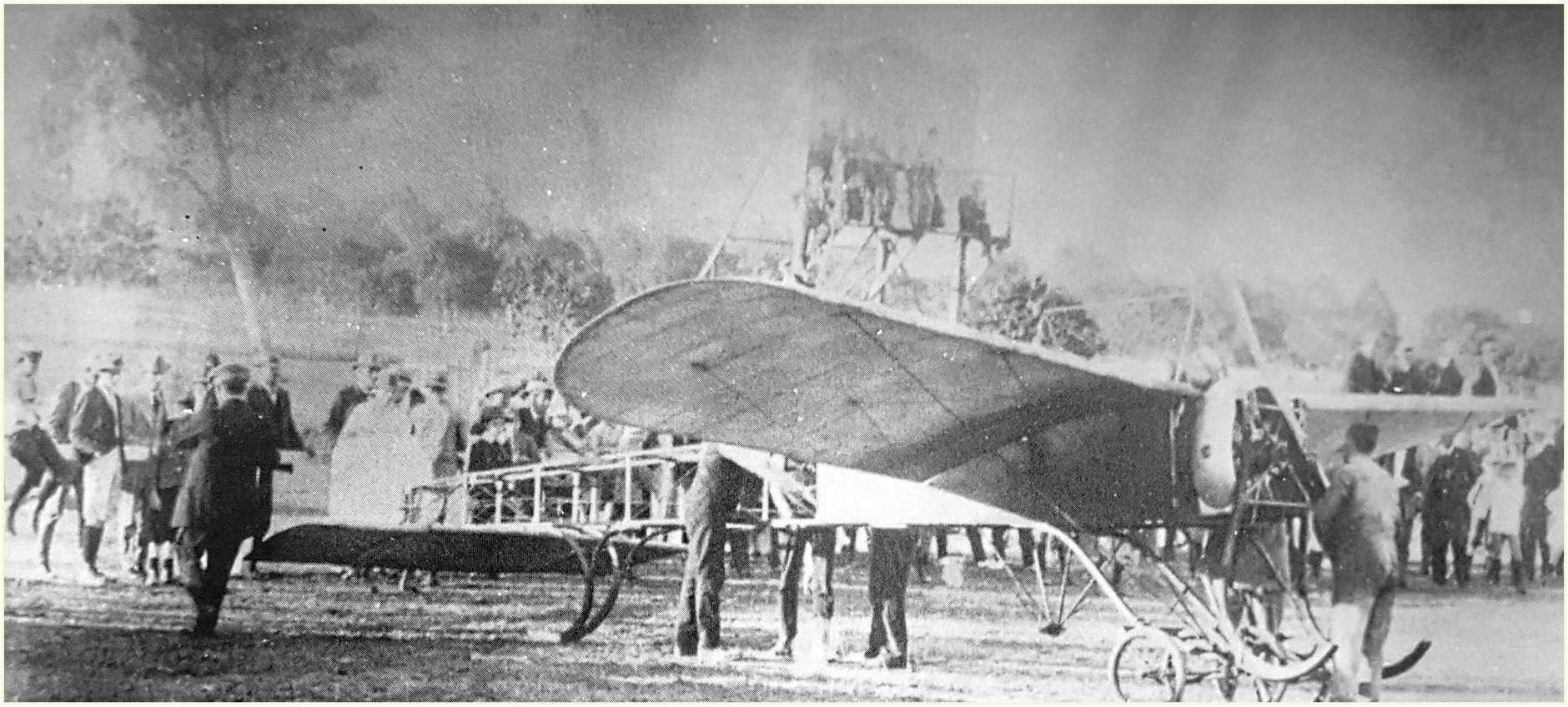 A.B. Stone's Bleriot monoplane which raced a car at Callaghan Park on 1912.