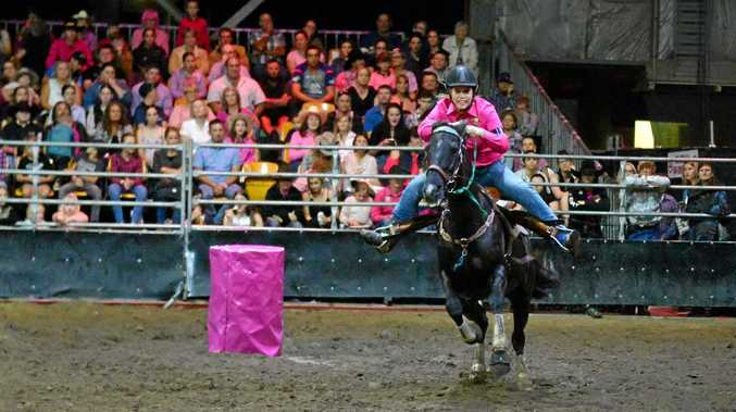 Sibson twins take back-to-back buckles at Bulls 'n' Barrels