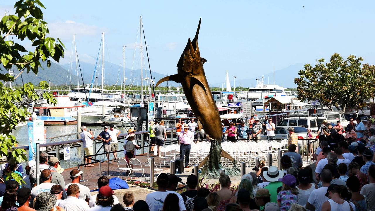 Unveiling of the black marlin statue at Marlin Jetty in 2016. PICTURE: STEWART McLEAN