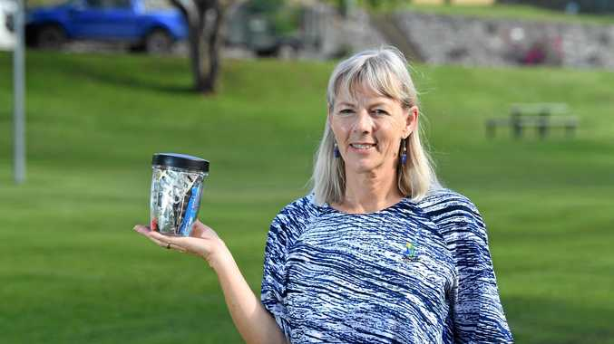 Gympie woman fits year's rubbish into just one jar