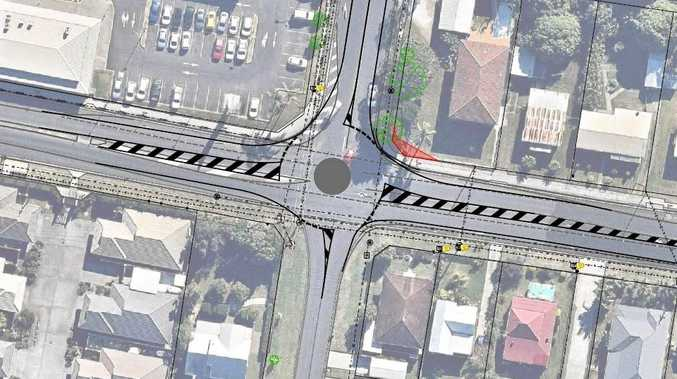 Mini roundabout option for Yamba Rd and Treelands Drive.