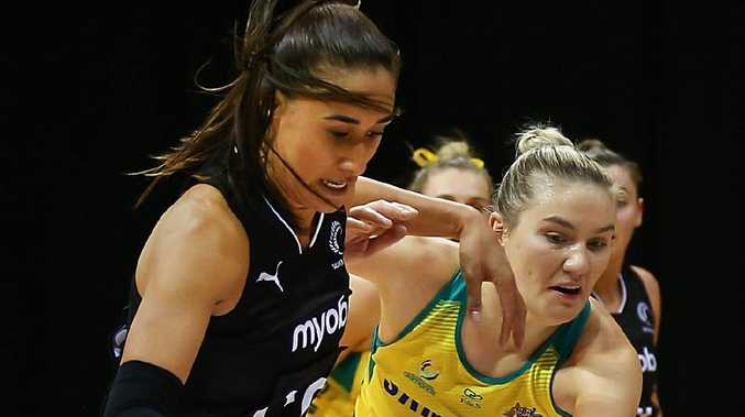 Maria Folau and Courtney Bruce battled for the ball in the physical third test.