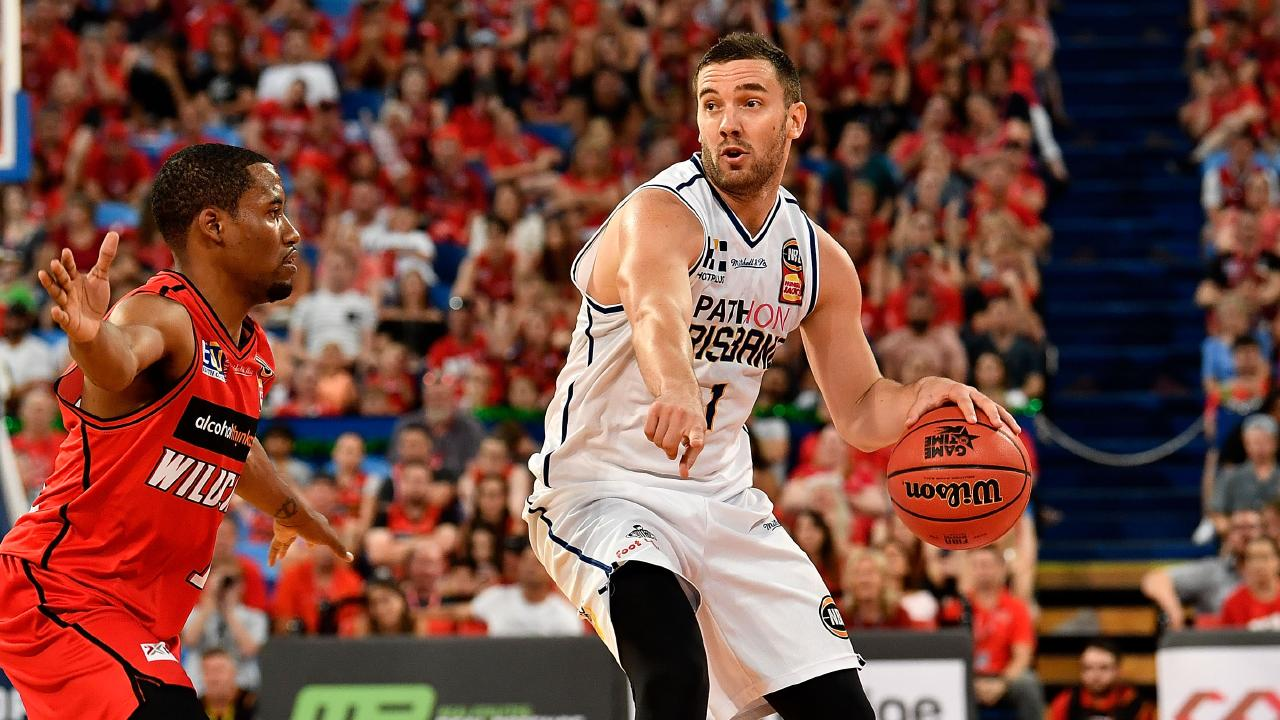 Adam Gibson in action against the Wildcats at Perth back in December. Picture: Getty