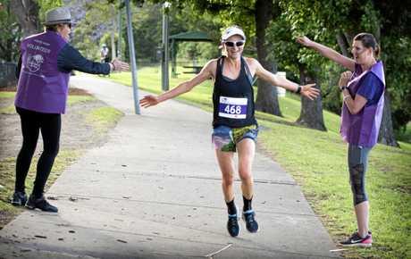 Celia Sullohern defended her title in the 10km Jacaranda Fun Run at Memorial Park, Grafton on Sunday, 5th November, 2017.