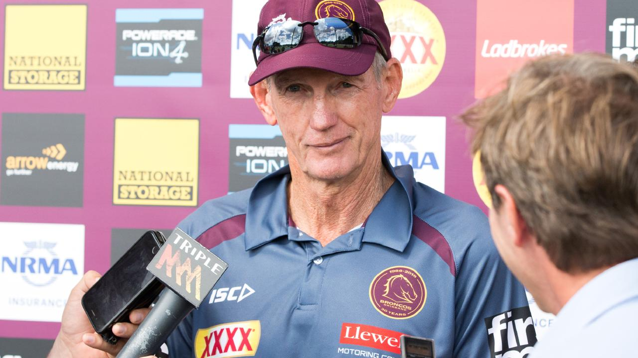 Broncos coach Wayne Bennett during a Brisbane Broncos training session at the Clive Berghofer Centre, Red Hill, Brisbane, Wednesday, April 6, 2018 (AAP Image/Richard Walker) NO ARCHIVING