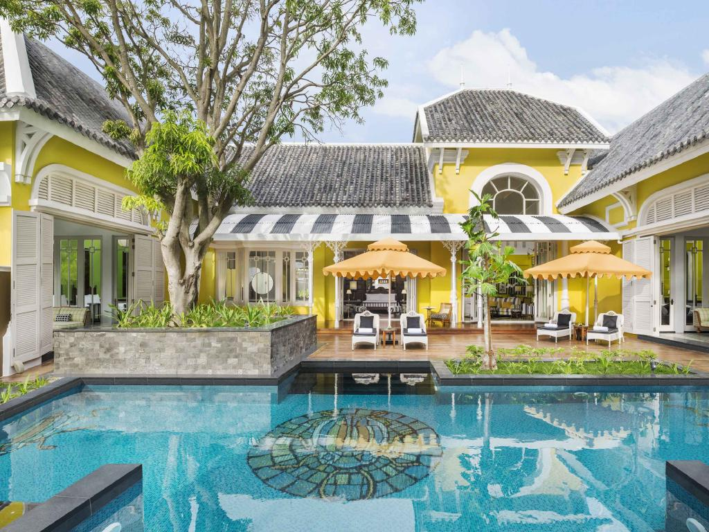 JW Marriott Phu Quoc Emerald Bay Resort & Spa.