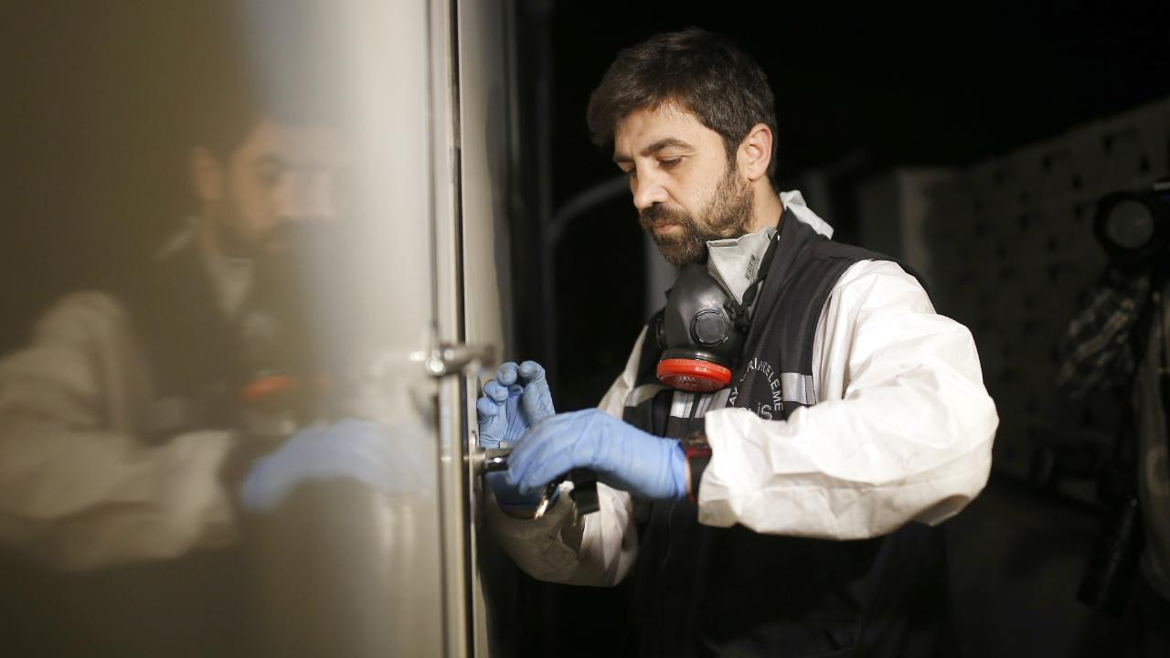 A Turkish forensic officer examines the Saudi Consulate, in Istanbul, on October 18, 2018. Picture: Emrah Gurel/AP