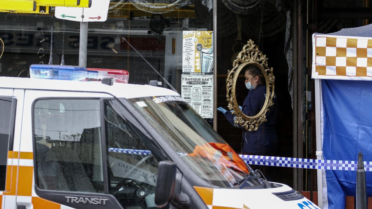 Forensic police at Melbourne's Antique Bar in Glen Huntly Rd, Elsternwick, where a man died after being arrested for assaulting patrons. Picture: Ian Currie