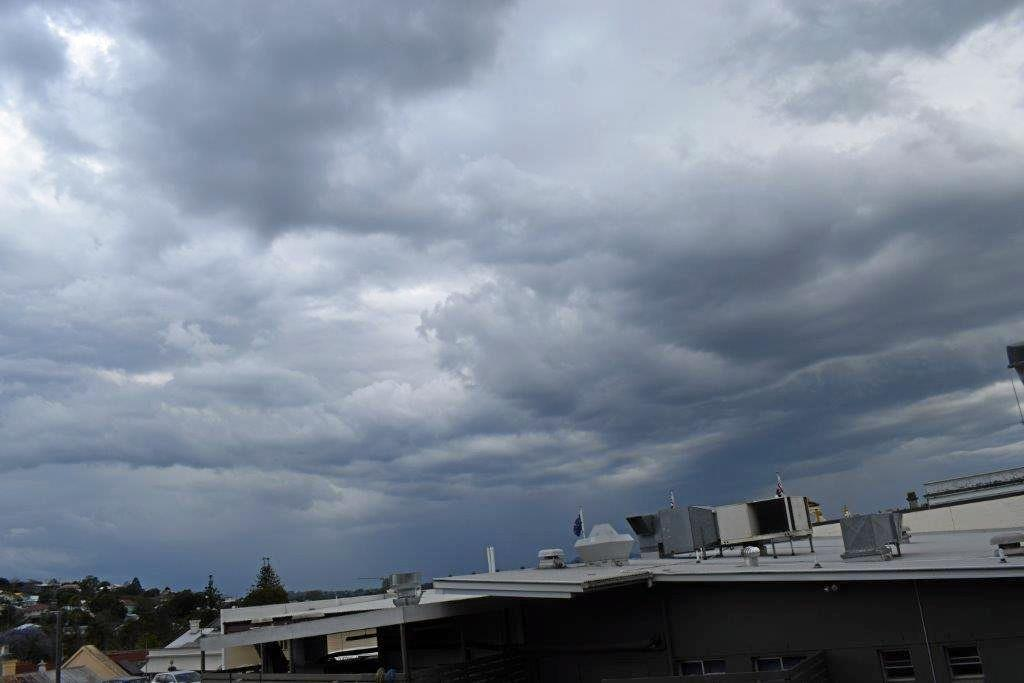 THUNDER: Gympie huddles as storms barrel in..