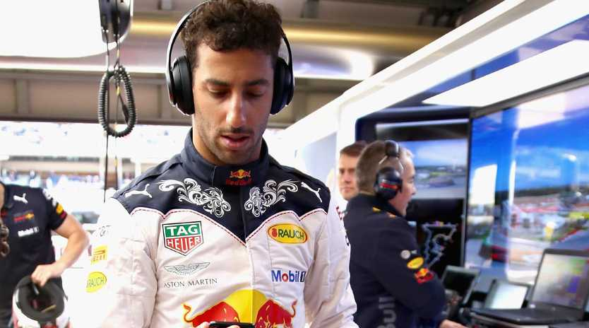 AUSTIN, TX - OCTOBER 21: Daniel Ricciardo of Australia and Red Bull Racing prepares to drive in the garage before the United States Formula One Grand Prix at Circuit of The Americas on October 21, 2018 in Austin, United States. (Photo by Mark Thompson/Getty Images)