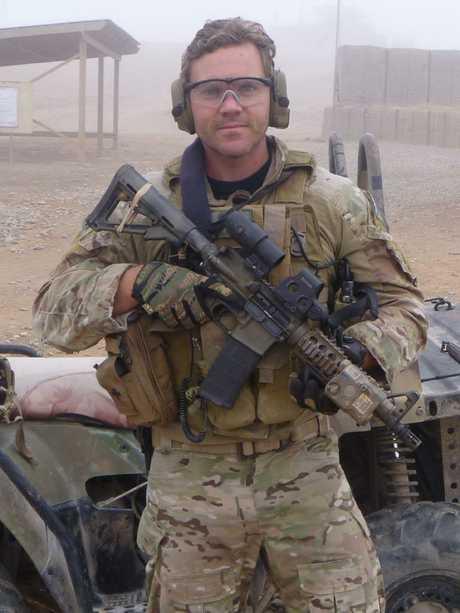 Voodoo Medic coctor Dan Pronk kept Robinson alive during a 25-minute chopper ride.