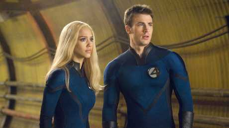 Alba and Chris Evans in Fantastic Four: Rise of the Silver Surfer.