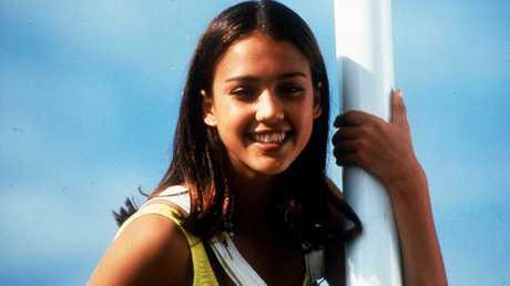 Alba in the 1996 TV show Flipper.